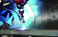 工程车铲斗焊接