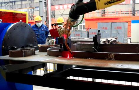 起重机组件焊接