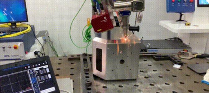 """工业机器人的""""火眼金睛"""",英莱焊缝跟踪,助力钣金箱体智能化焊接!"""